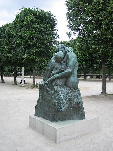 IMG__7910 - The Kiss, Auguste Rodin, , Jardin des Tuileries, Paris 2008