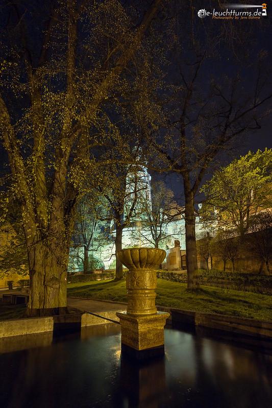 Český Krumlov by night