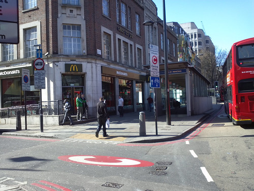 Crestfield Street at junction Euston Road