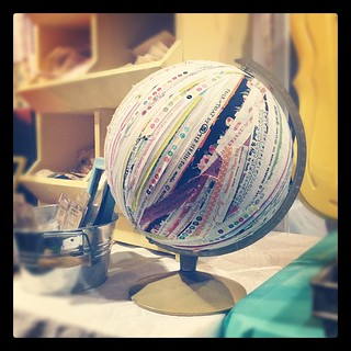A selvedge globe. I repeat. A selvedge GLOBE! So fun! #snapconf #qbm