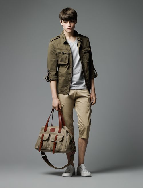 Hugh Vidler0015_Burberry Black Label SS12