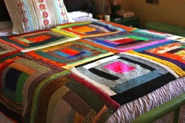 Log cabin scrap blanket for the past two years i 39 ve been for Log cabin blanket
