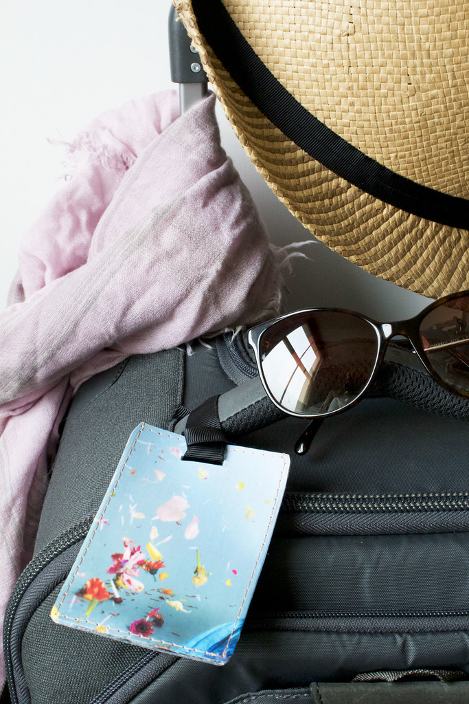DIY luggage tag by Anamu for Poppytalk