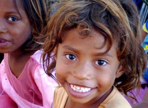 girls portrait smile children island child easttimor timorleste atauro