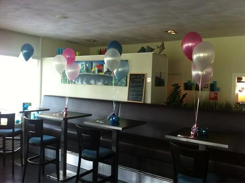 Tafeldecoratie 3ballonnen De Kogeloven Oostvoorne