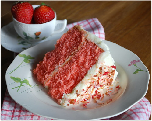 Strawberry Cake Icing Recipes: Southern Style Strawberry Cake With Coconut Cream Cheese
