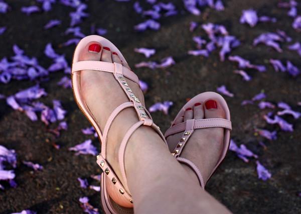 massimo_dutti_studded_sandals