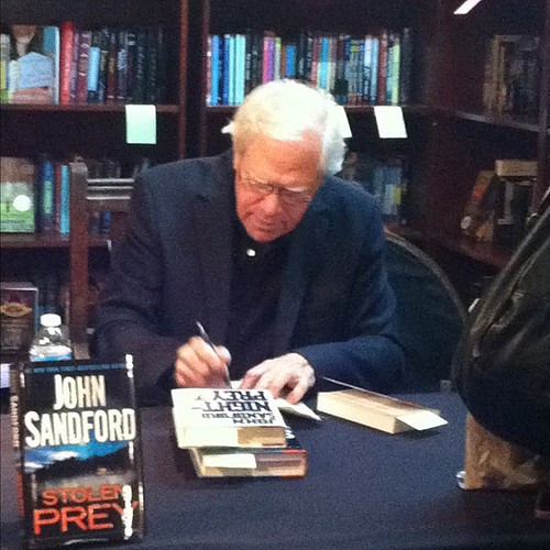 142:365 John Sandford at Murder by the Book
