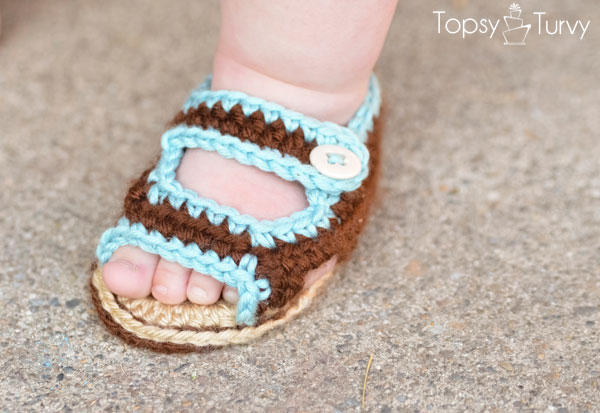 Cute DIY Crochet Baby Sandals