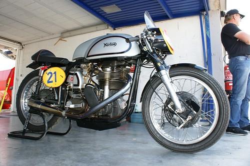 Norton 500 Manx (1955, Jean-Luc Vuillemier)