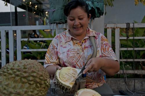 Chiang Mai durian lady