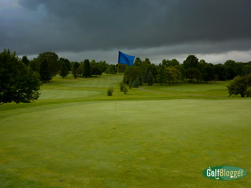 Cold Rainy Golf In June-1010557