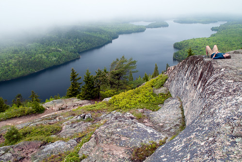 mountain lake pond maine relaxing scenic acadia mountdesertisland mdi acadianationalpark longpond beechmountain intheclouds serenityvalley