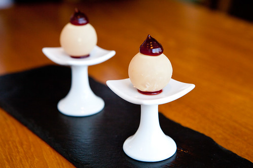 Amuse #2/Apertif: Kir Royale (inspired)