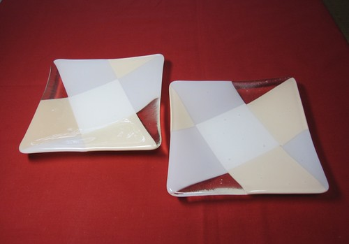Creemaオーダー分「優しいお皿」2枚 by Poran111