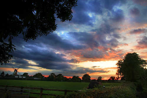 Arnesby sunset (Explored)
