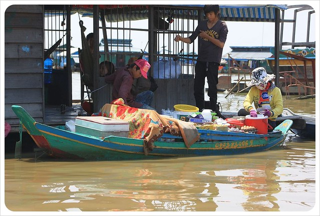 tonle sap floating market