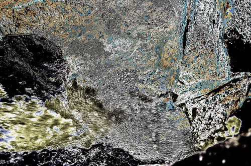 A #Rock & #Water as #texture - h180