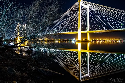 longexposure bridge night canon landscape washington columbiariver 7d pacificnorthwest dslr pnw cablebridge richland kennewick pasco easternwashington stevenlamar lightfxstudio