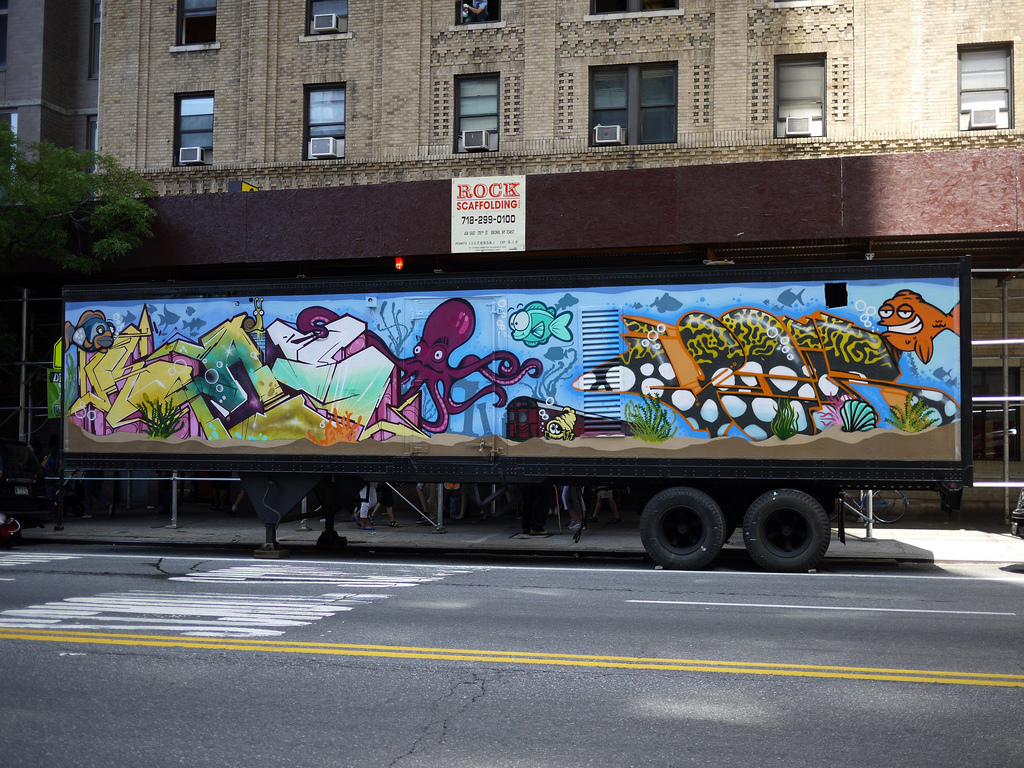 Nyc fish tank aquarium tractor trailer truck graffiti for Painting jobs nyc