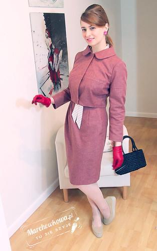 blog, marchewkowa, szycie, krawiectwo, kostium z flaneli wełnianej, krótki żakiet retro, 12-2011-103, Burda, asymetryczna spódnica, 08-2011-127, podszewka, satyna, Vagabond Gaga, Schaffashoes