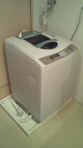 フタが壊れて脱水できなくなった洗濯機