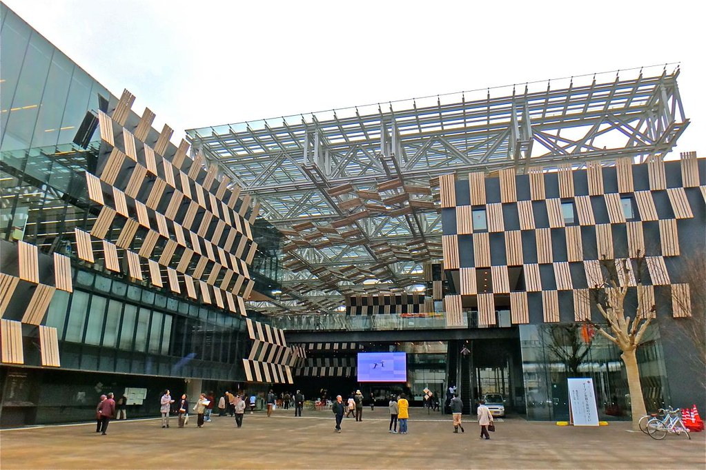 アオーレ長岡, AOLE Nagaoka city hall plaza, Japan