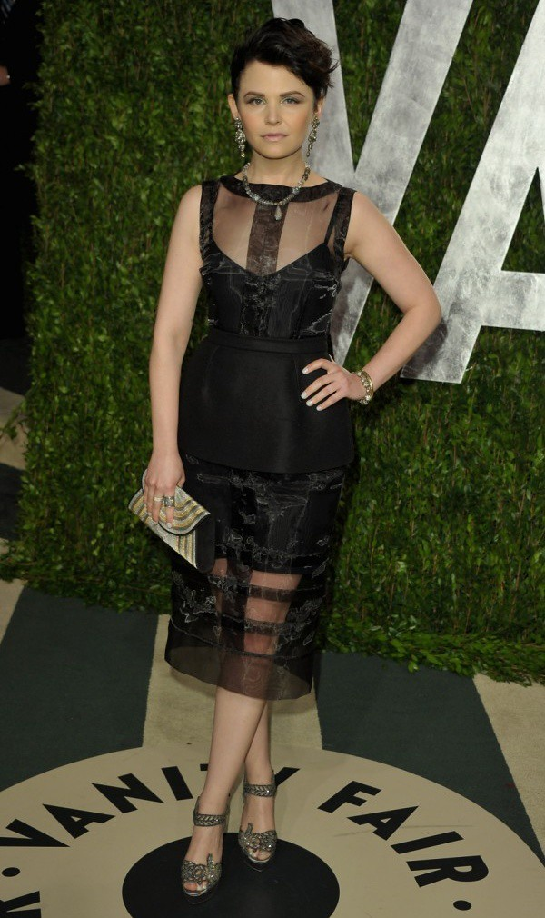 4 - 38 Ginnifer Goodwin - Vanity Fair Oscar Party - LA - wireimage low res[3]