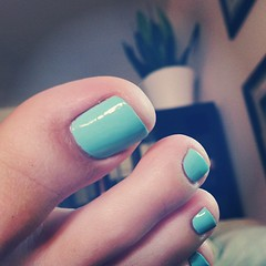 Essie's mint candy apple.