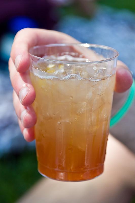 gin & (a little bit of) tonic