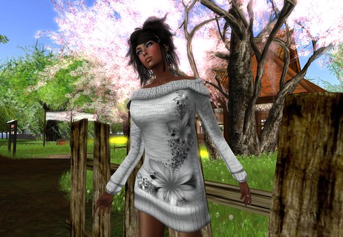 ! Glitterati ! - Sania - Off shoulder Dress by Cherokeeh Asteria