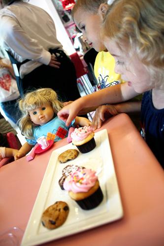 kids-with-dessert