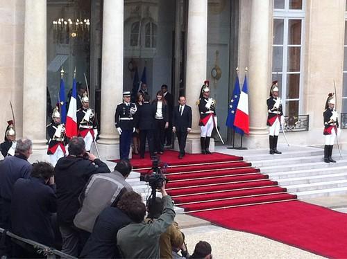 Passation de pouvoir entre Nicolas Sarkozy et François Hollande au Palais de l'Elysée by Arash Derambarsh
