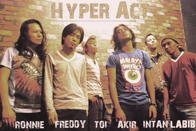 Lagu: Hanya Aku. Lirik lagu: Hanya Aku. Penyanyi: Hyper Act. Download lagu Hanya Aku. gambar hyper act