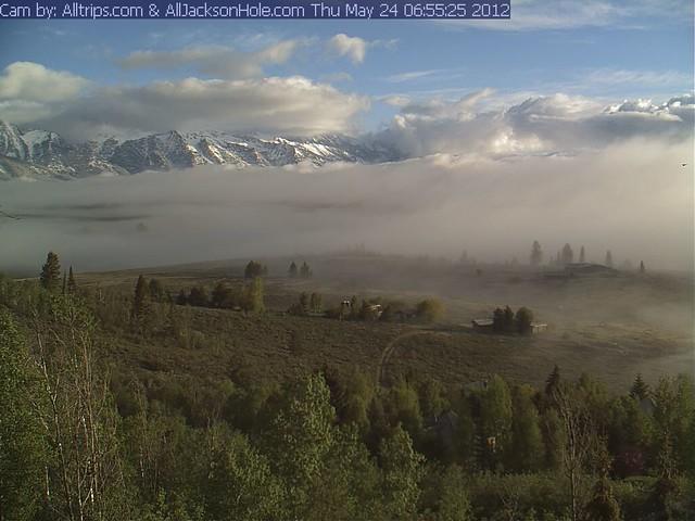 Webcam Teton cloud drama. Press