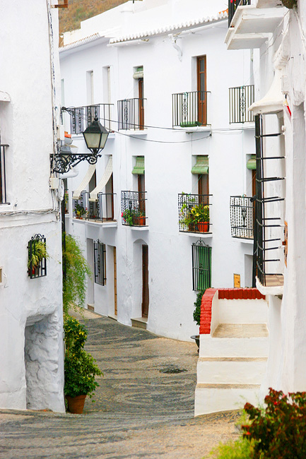 Spanish lane