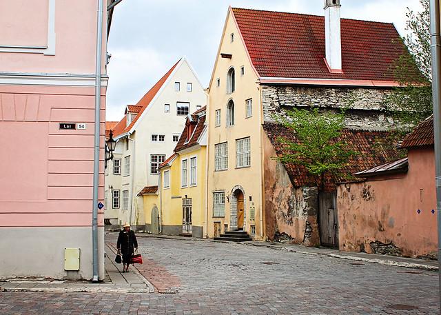 street scene old lady