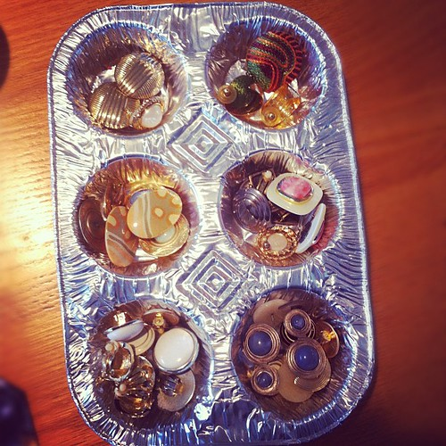 My Mom's Earring Cup Cake Tray