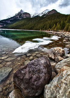 Lake Louise Shoreside