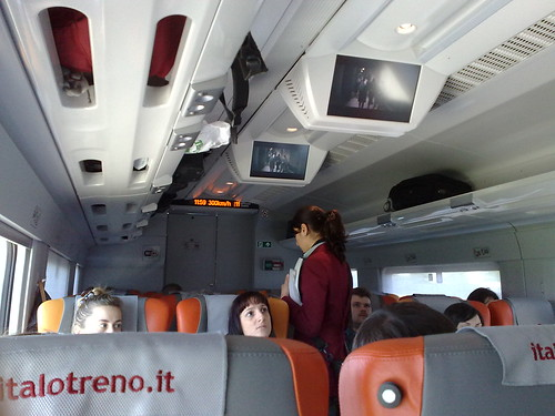 Carrozza Cinema di Italo Treno by durishti