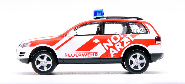 feuerwehr duisburg notarzt vw touareg flickr photo sharing. Black Bedroom Furniture Sets. Home Design Ideas