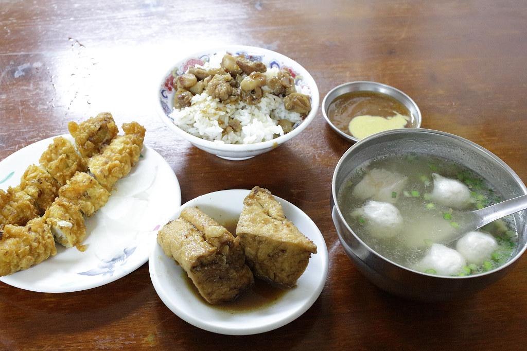 20131230台南-正宗府城黃家蝦捲 (9)