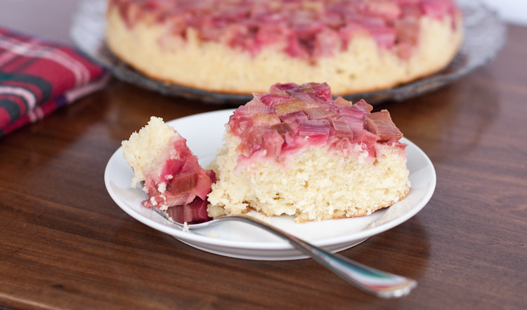 Rhubarb upside-down cake, sliced and ready to eat