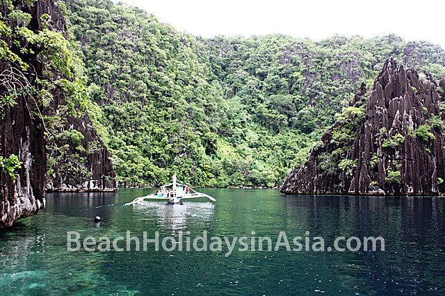 Twin Lagoon in Coron