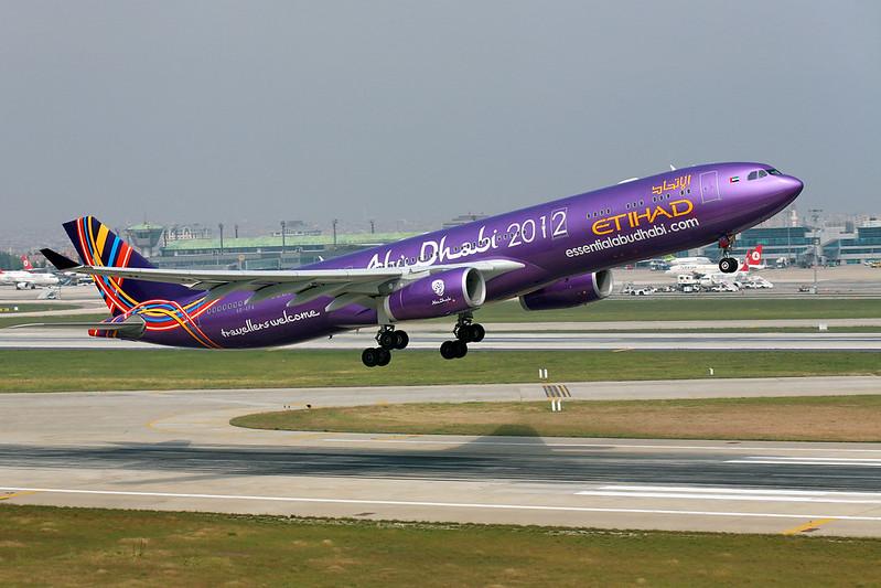 Etihad A330 Abu-Dhabi 2012 special livery