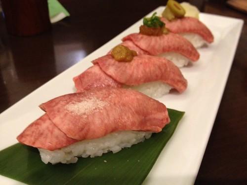 牛たんにぎり寿司