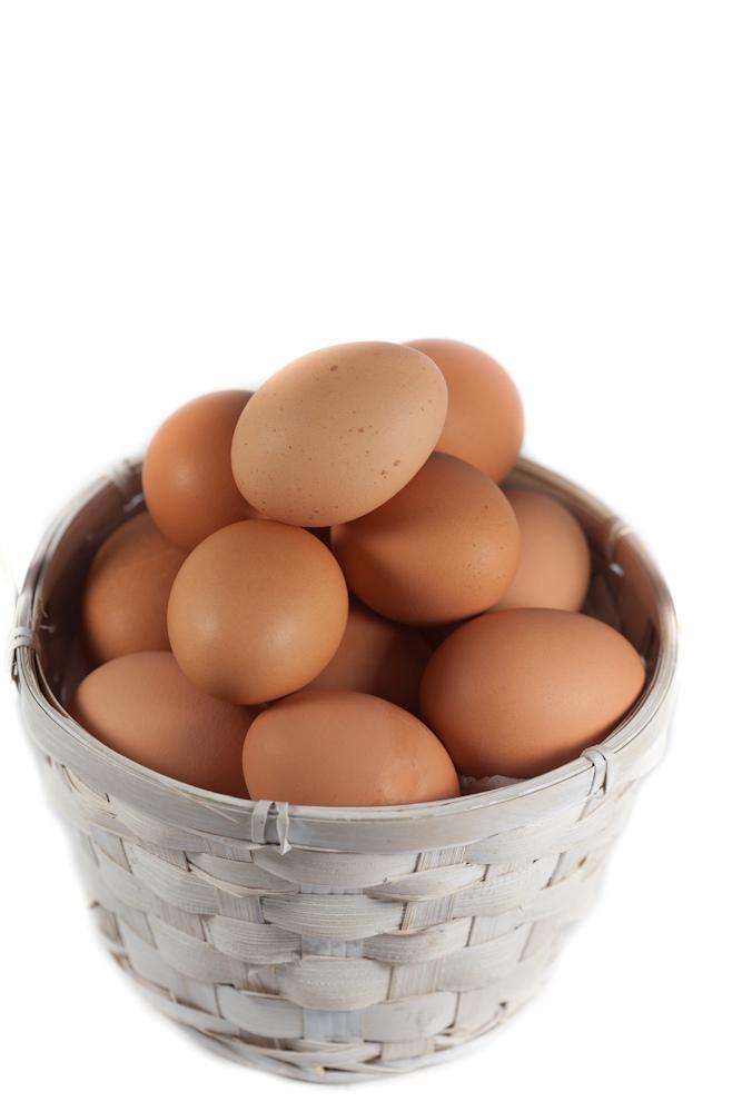 國家或國民的整體成長發展不應只用單一指標衡量,因為沒有一個指標是完美的,若單以GDP衡量,就像把雞蛋放在一個籃子裡,拼著GDP成長,卻忽略環境以及其他社會福祉。圖片來源:圖片來源:httpwww.flickr.comphotosmicroassist