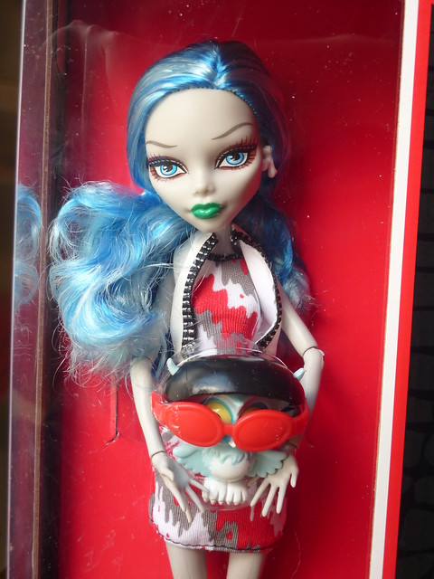 Ghoulia and Sir Hoots