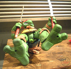 "NECA TEENAGE MUTANT NINJA TURTLES :: ""LEONARDO""  Tube Pack xviii (( 2008 ))"
