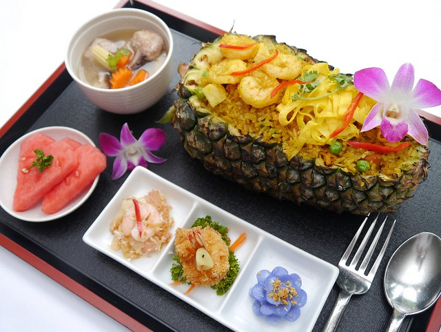 Pineapple Fried Rice Set